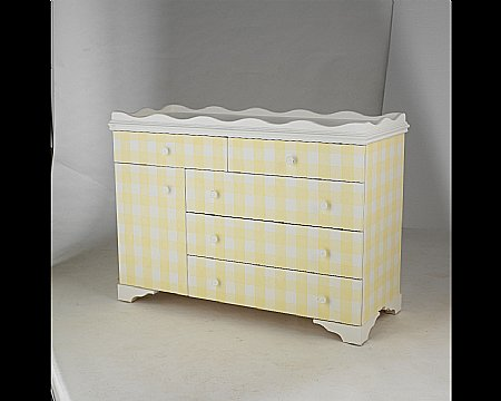 Gingham 4 ft Dresser Changer