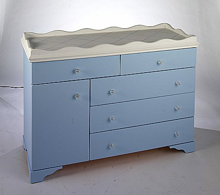 Shade of Color 4 ft Dresser/Changer