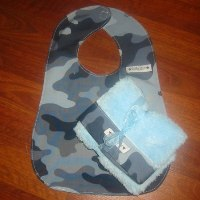 Baby Star Camo bib/Burp Set