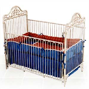 Garden Iron Crib