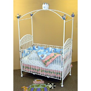 Teapot and Crown Crib