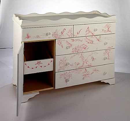 Children's Play Toile 4ft Dresser/ Changer
